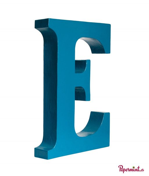 Letra decorativa azul en Papermint