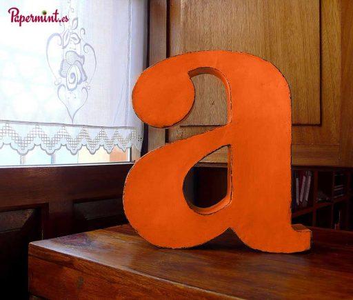 Letra decoración de salón en Papermint